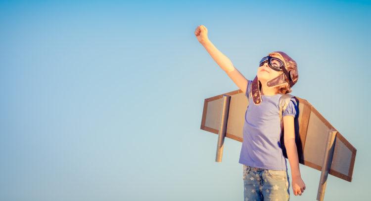 Παιδάκι που θέλει να πετάξει